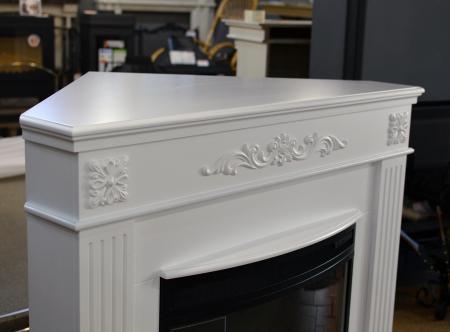 Комплект Ноче угловой, цвет белый, с очагом Dioramic 25